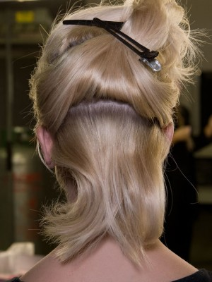 piled-up-pinned-hair