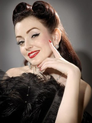 1940s-hairstyles-victory rolls