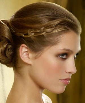 braided eleganct hairstyle