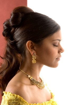 cute half updo hairstyle