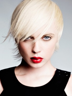soft layered short hairstyle
