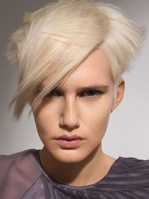Short layered hairstyle for 2014