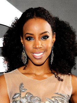 celebrity curly ponytail hairstyle