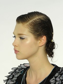 2021 up-do hairstyle