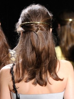 2021 half up-do hairstyle