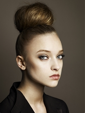 top_bun_hairstyle
