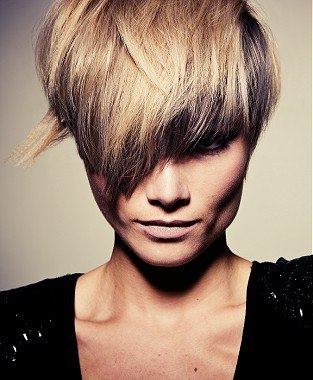 amazing example of blonde hairstyle is combination of lowlights