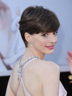 Anne Hathaway's New Short Hairstyles