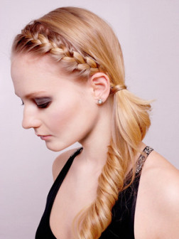 Braided_bangs_hairstyle_for_growing_out_bangs