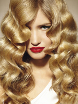 blonde-hair-with-balayage