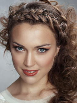 french_braid_hairstyle