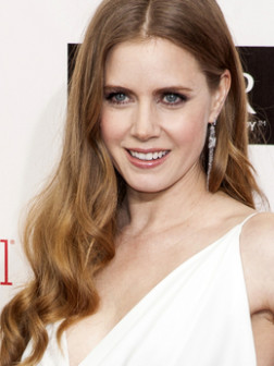 embedded_Famous_Redheads-_Amy_Adams