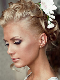bridal_updos_for_short_haircuts