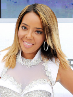 angela-simmons-medium-straight-hairstyle