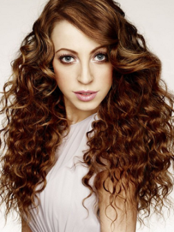 embedded_long_wavy_hair_with_side_bangs
