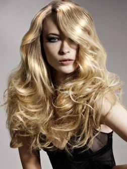 long_wavy_hair_with_side_swept_bangs