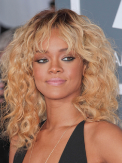 Rihanna_blonde_curly_hair
