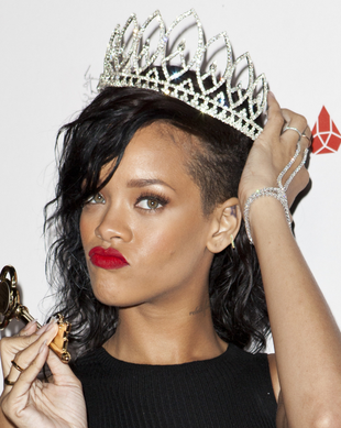 Rihanna Best Hairstyles 2019 Haircuts Hairstyles And