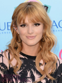 bella-thorne-loose-curls-with-bangs