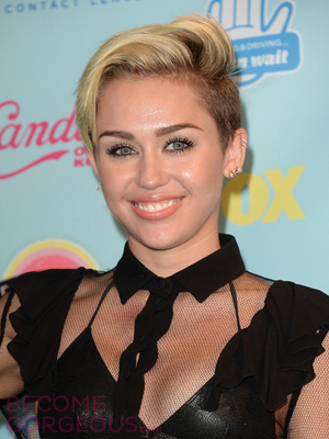Celebrity Hairstyles From 2013 Teen Choice 2019 Haircuts Hairstyles And Hair Colors