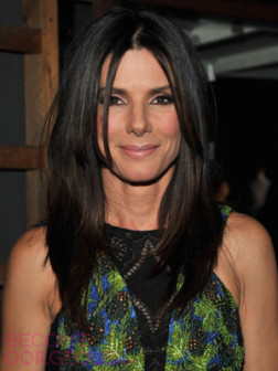 sandra-bullock-straight-layered-hairstyle