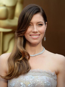 hairstyles-jessica-biel-beauty-allaboutyou