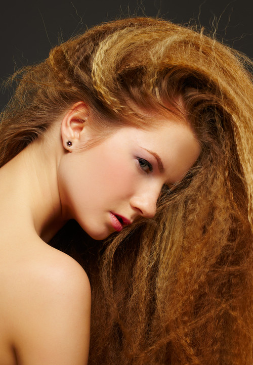 crimped hairstyle with highlights