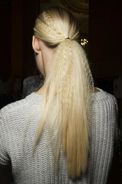 crimped ponytail hairstyle 2016