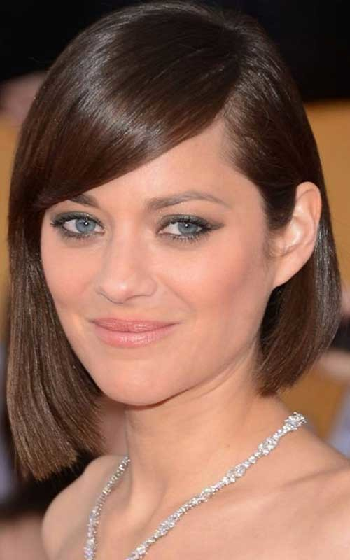 straight asymmetrical bob haircut 2016