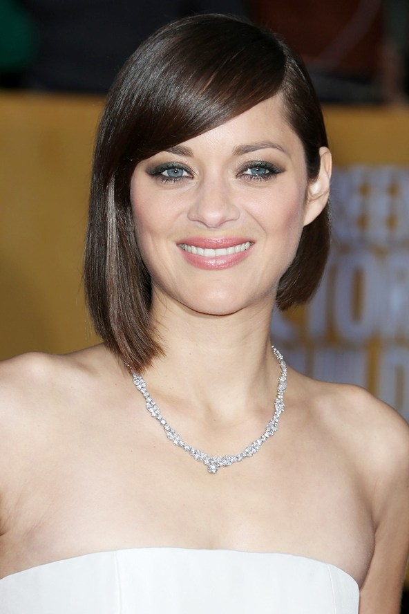 2016 Best Short Asymmetrical Haircuts From Celebrities 2019