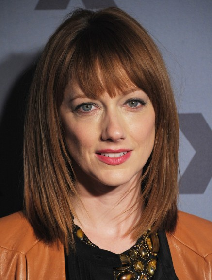 medium layered haircut with bangs 2016