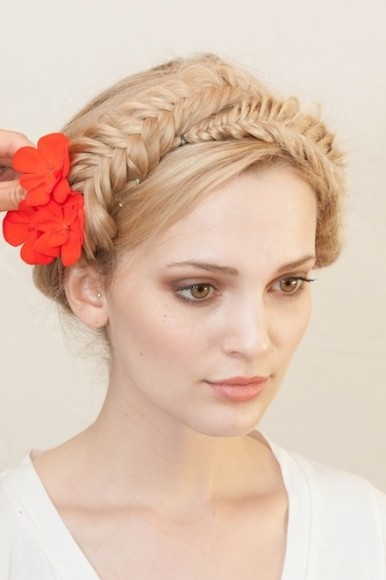 milkmaid braid hairstyle 2016