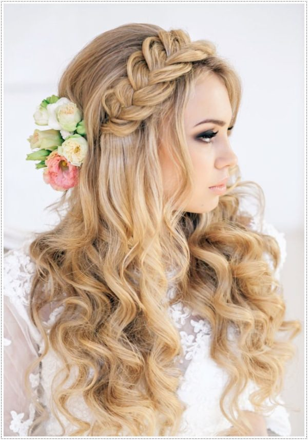 2016 Long Hairstyles For Prom 2019 Haircuts Hairstyles And Hair Colors