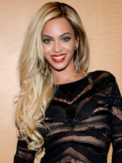 black women beyonce with honey blonde