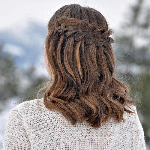 curly waterfall for medium length hair