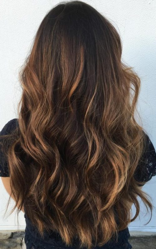 beach waves with caramel highlights