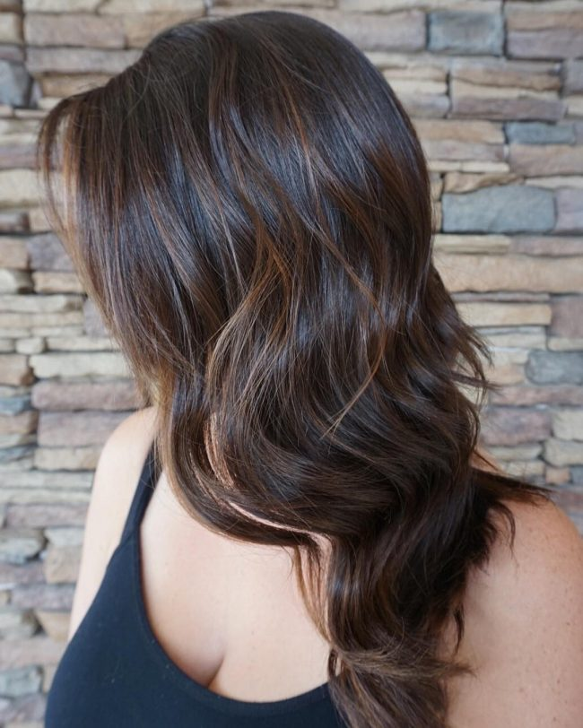 natural brown hair with highlights