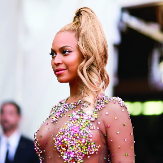 beyonce side high ponytail