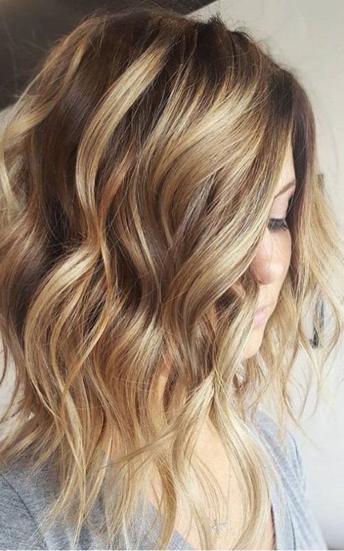 Shoulder Length Wavy Hair