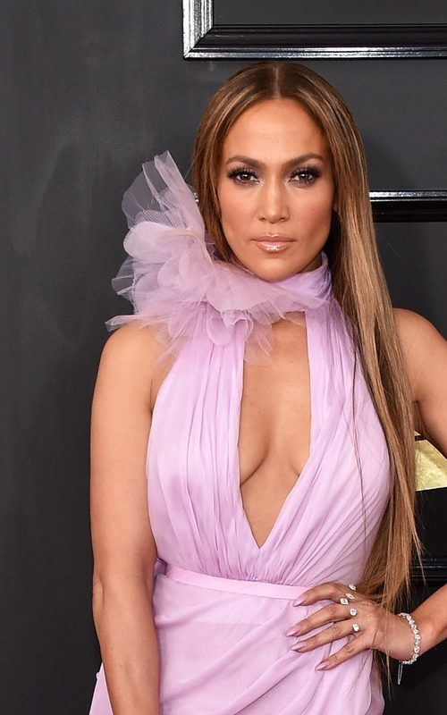 JLo grammy 2017 straight hairstyle 2017