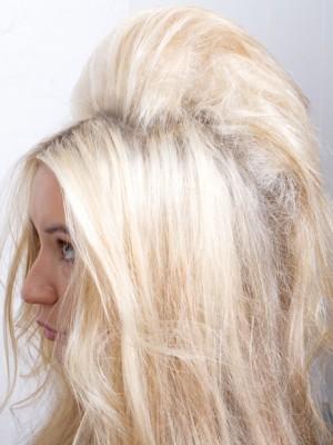 teased hair look
