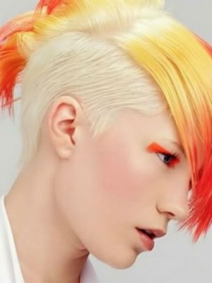 edgy mohawk hairstyle 2021