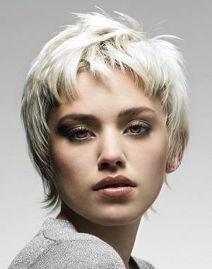 stylish bang hairstyle