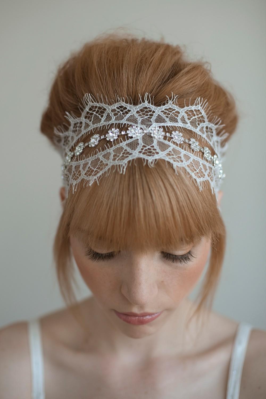 chic bun hairstyle for wedding
