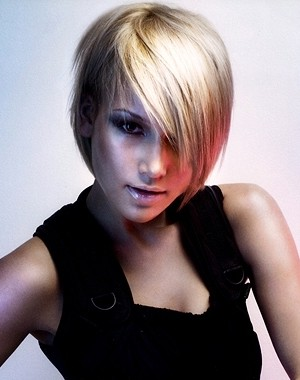 side swept bang hairstyle