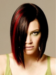 bob hairstyle with red highlights