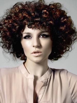 high volume medium hairstyle 2021