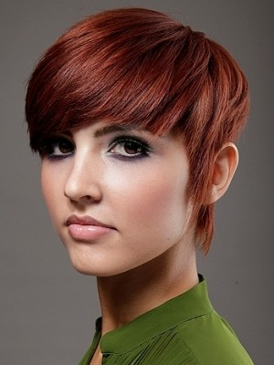 layered hairstyle for short hair