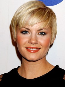 layered style for short haircuts