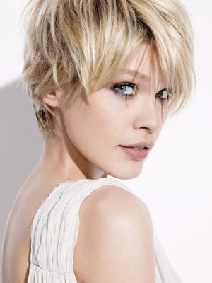 short hairstyle with layers 2014